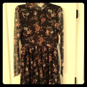 Women's dress size medium